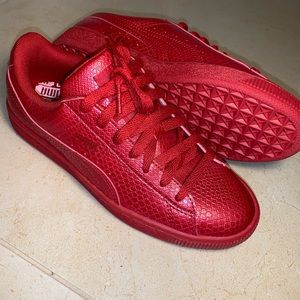 NWOT Puma Classic Red Snake Skin Shoes Size 6.5